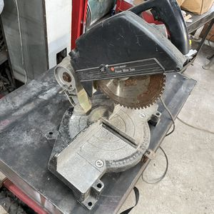 Black & Decker Miter Saw for Sale in Howell Township, NJ