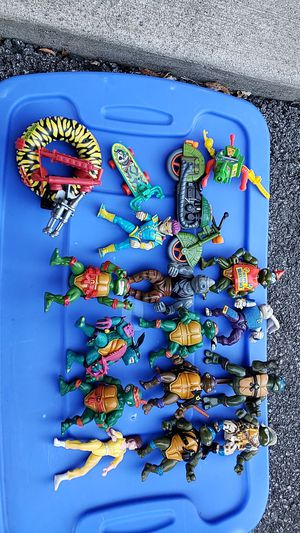 Vintage tmnt figures,april,leo,donatello,michael,motorcycle vehicle for Sale in Pataskala, OH