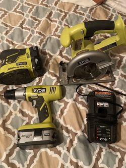 Sander ,saw ,drill, 2 Batteries With Charger for Sale in Nashville,  TN