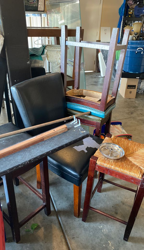 Chair and stools for free