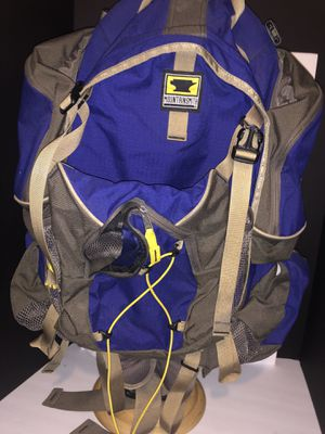 Mountain smith camper backpack 🎒 for Sale in Dublin, OH