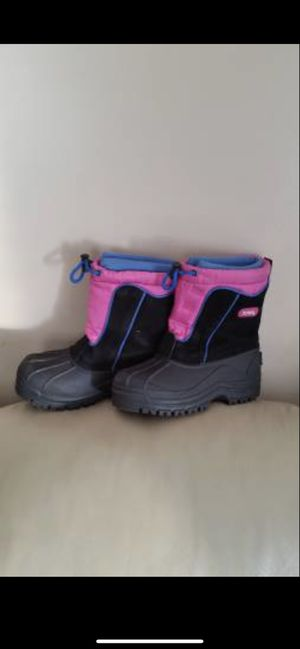 Girl's Totes Snow Boots for Sale in Lancaster, PA