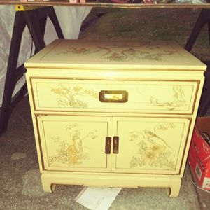 Beautiful ORIENTAL CABINET for Sale in Port St. Lucie, FL