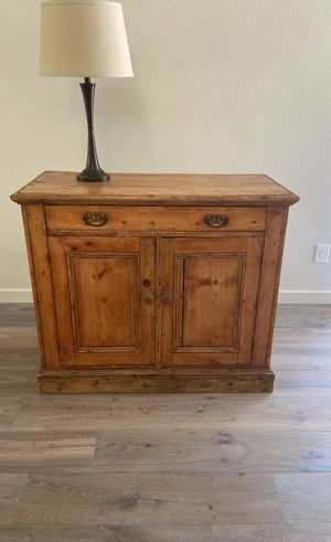 Antique side table for Sale in San Diego, CA