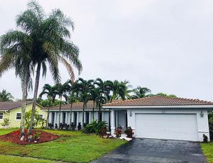 Coral Springs Home for Sale by owner for Sale in Tamarac, FL