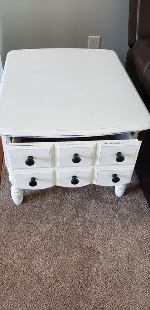Living Room Set ( Coffee and Two End Tables) for Sale in Eagleville, TN