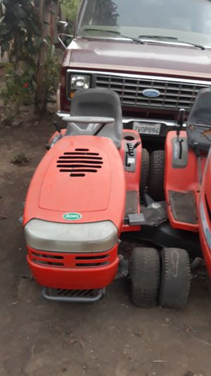 Lawn tractor for Sale in Hayward, CA