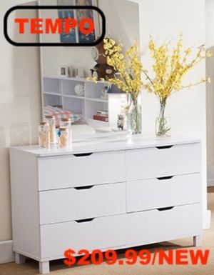 Dresser (Mirror Not Included), White for Sale in Santa Ana, CA