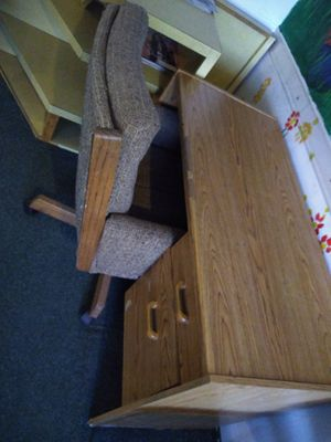 Desk and antique chair for Sale in Fresno, CA