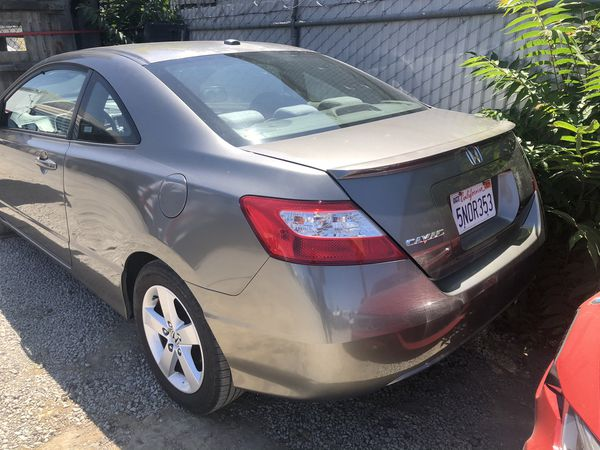 Don't miss out on this clean civic. Need to sale.