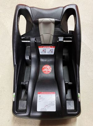 Britax infant car seat base B-safe for Sale in Los Angeles, CA