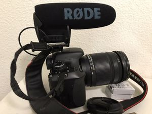 Canon T3i DSLR and Sigma zoom lense rode videomic pro for Sale in Dallas, TX