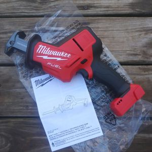 New M18 Fuel 18v Brushless Cordless Hacksaw Reciprocating Saw ( Tool Only) for Sale in Oklahoma City, OK