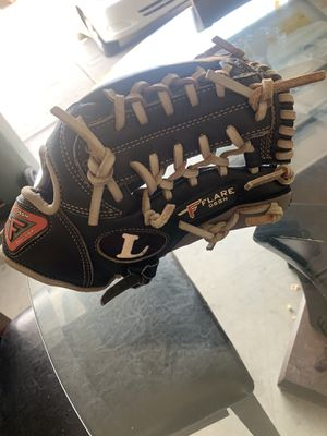 Baseball glove for Sale in Laveen Village, AZ