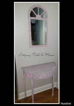 DISTRESSED ENTRY WAY TABLE AND MIRROR for Sale in Warner Robins, GA