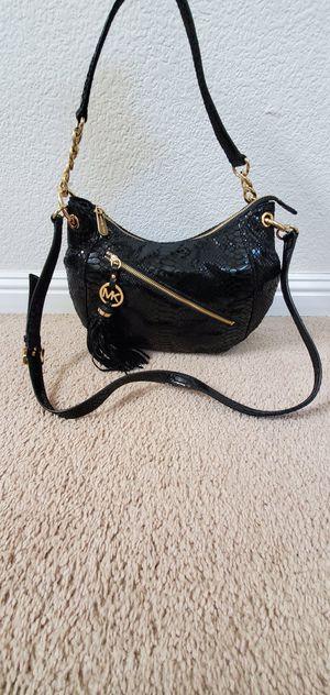 Michael Kors crossbody bag for Sale in Corona, CA