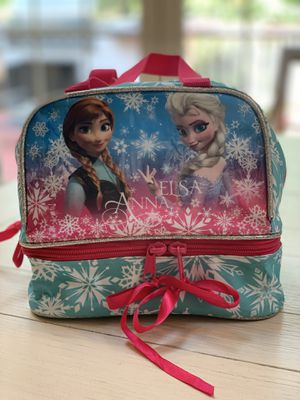 Anna & Elsa lunch box for Sale in Leesburg, VA