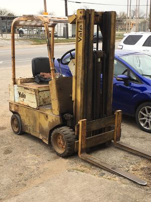YALE FORKLIFT for Sale in Austin, TX