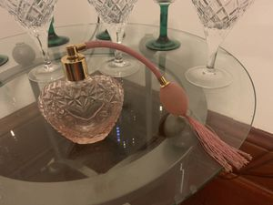 Crystal perfume holder! for Sale in Minneapolis, MN