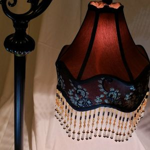 ELEGANT VICTORIAN LAMP - Good Christmas gift 🌲 🎅7I for Sale in Bakersfield, CA