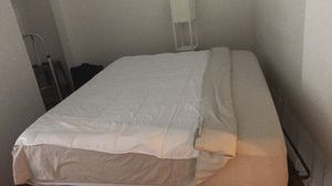 Cal King Classic Brands Cool Gel Mattress for Sale in Washington, DC