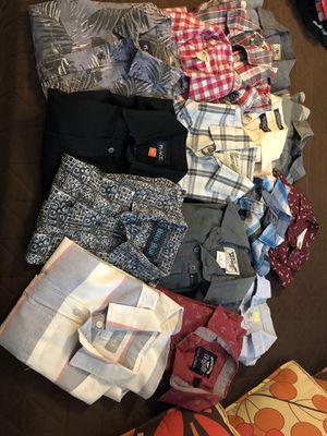 Camisas de vestir unas manga larga y otras manga corta for Sale in Palmdale, CA