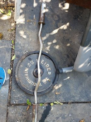 Olympic curl bar and pair of 44 pound plates for Sale in Bassett, CA