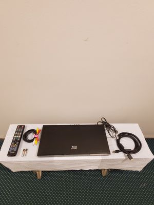 SAMSUNG Blu-Ray DVD Player (Model BD-C5500) - with DVD Upscaling & Accessories - firm price for Sale in Alexandria, VA