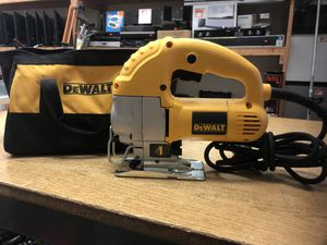 DEWALT Jig Saw, Top Handle, 5.5-Amp (DW317K) ....... for Sale in Baltimore, MD