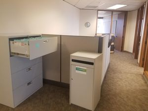 Office furniture/workstation for Sale in Seattle, WA