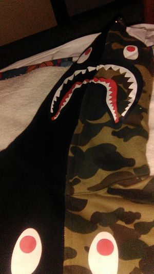 Bape shark hoodie full zip up for Sale in Guthrie, OK