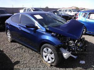 2016 Hyundai Elantra for parts for Sale in Laveen Village, AZ