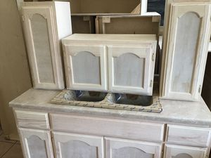 Kitchen cabinets for Sale in Bell, CA