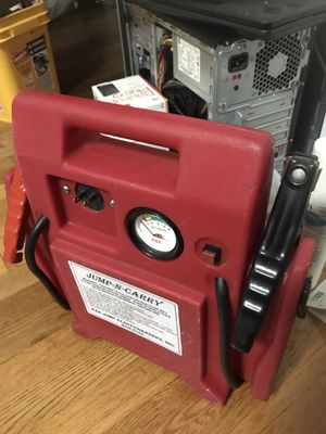 JUMP. AND CARRY. BATTERY JUMPER for Sale in Queens, NY