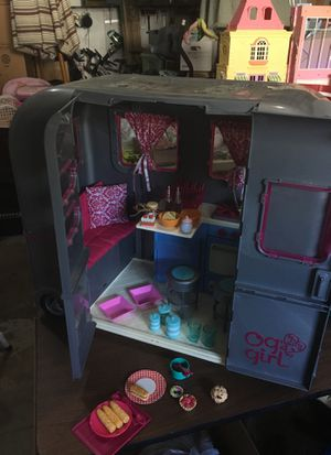 Doll Camper with many accessories! for Sale in Inver Grove Heights, MN