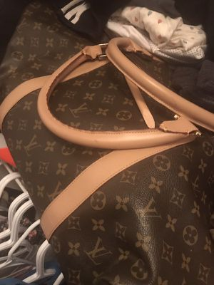 Louis Vuitton dufflebag for Sale in Silver Spring, MD