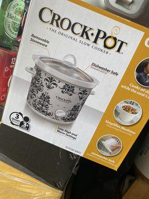 Crock pot for Sale in Rialto, CA