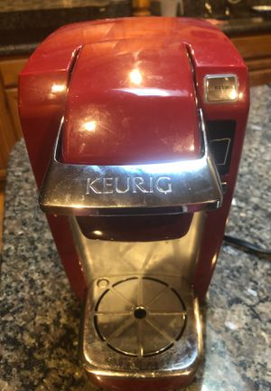 KEURIG RED SINGLE CUP COFFEE MAKer for Sale in Orlando, FL