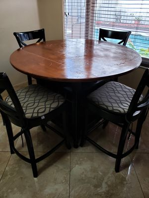 Kitchen Table for Sale in Pembroke Pines, FL