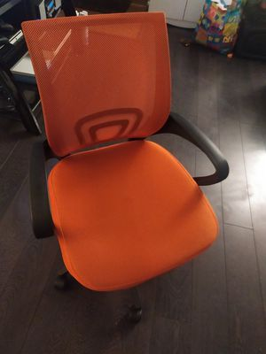 Office chair for Sale in Long Beach, CA