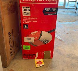 Craftsman Garage Door CMXEOCG23 QZ for Sale in China Spring,  TX