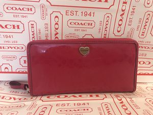 New NWT coach signature Pink Wallet $259 for Sale in Skokie, IL