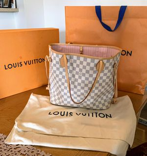 Louis Vuitton for Sale in Escondido, CA