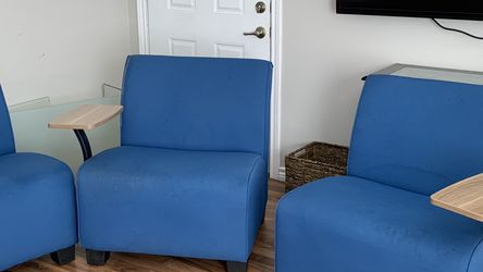 Couch/ Loveseat Set for Sale in Irving,  TX
