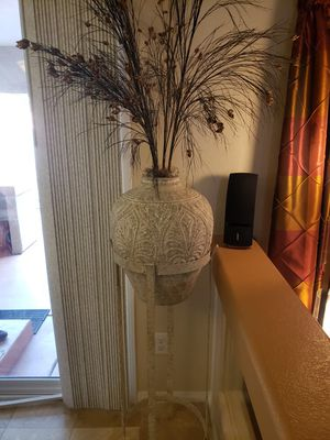 Metallic Vase with Stand and Decorative Flowers for Sale in Las Vegas, NV