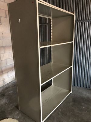 2 metal shelves for Sale in Boynton Beach, FL