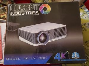 LUCENT VIDEO PROJECTOR 4 KI for Sale in Moreno Valley, CA
