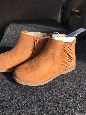 Boots size 10 toddler for Sale in Lakewood, WA