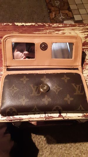 Louis VuItton Womens Wallet Brand New for Sale in Denver, CO