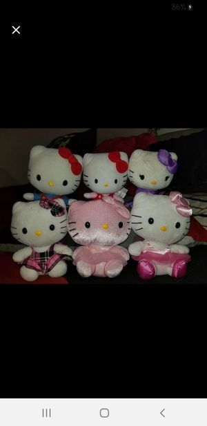 Hello kitty plush bundle for Sale in Mesa, AZ